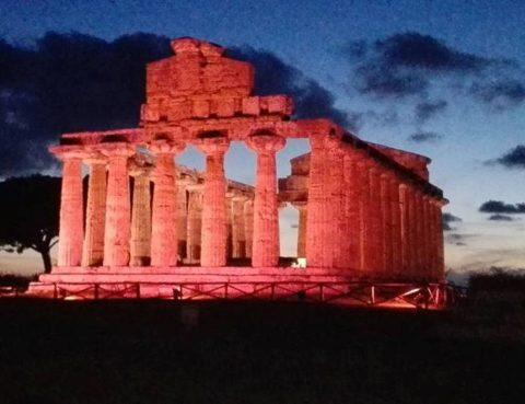 """Il Tempio di Athena a Paestum partecipa alla """"Campagna Nastro Rosa"""""""